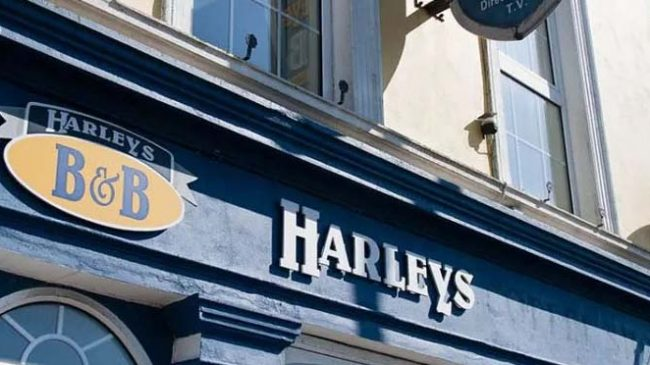 Harleys Guest House and Self Catering Suites