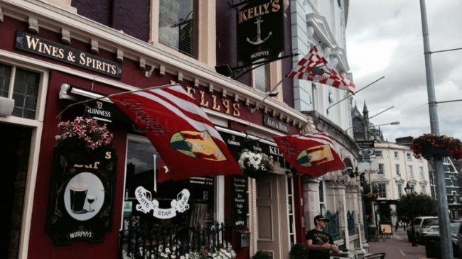 Kellys Bar